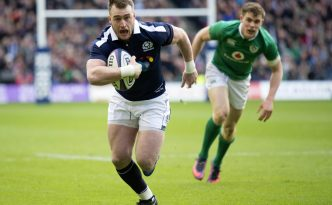 04/02/17 RBS SIX NATIONS   SCOTLAND V IRELAND (27-22)   BT MURRAYFIELD STADIUM - EDINBURGH   Scotland's Stuart Hogg runs through to score the opening try